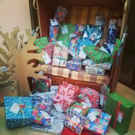 Ergotherapie Troisdorf Weihnachten Wunschbaumaktion Geschenke